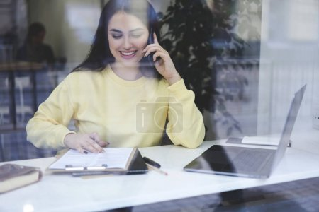 Experienced accountant calling to banking service paying online