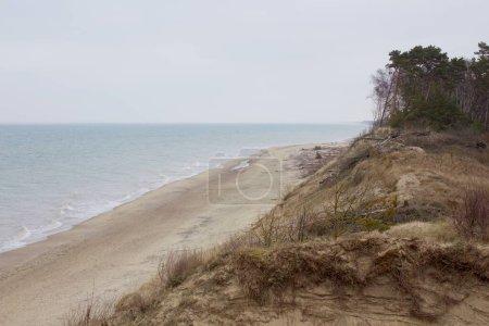 Photo pour Beau paysage Petit lac sur la plage de la Baltique Curonian Spit - image libre de droit