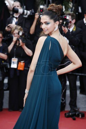 Photo for CANNES, FRANCE - MAY 18: Deepika Padukone attends the 'Loveless' premiere during the 70th Cannes Film Festival on May 18, 2017 in Cannes, France. - Royalty Free Image