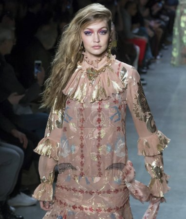 Anna Sui show - Fall Winter 2018, New York Fashion Week
