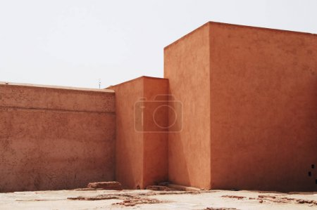 Photo pour Architecture géométrique du Palais El Badi, Marrakech, Maroc - image libre de droit