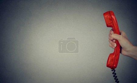 Photo pour Concept de communication d'entreprise, combiné téléphonique vintage - image libre de droit