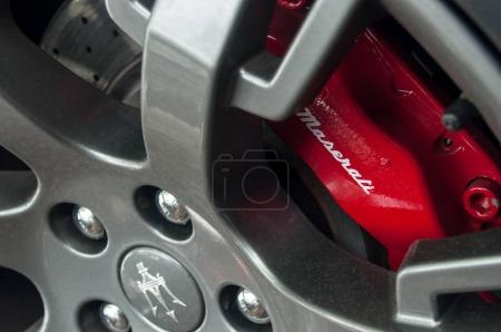maserati red brakes on silver