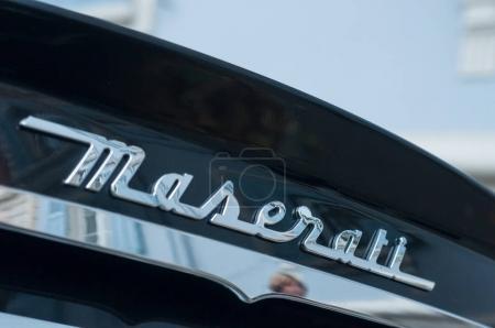 retail of maserati granturismo logo