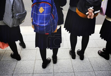 school kids with backpacks