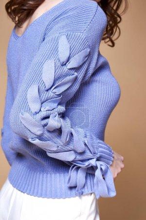 Photo pour Détail de femme vêtements catalogue d'accessoires collection fashion style glamour tendance. - image libre de droit