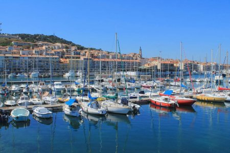 Ste, the Venice of Languedoc and the singular island