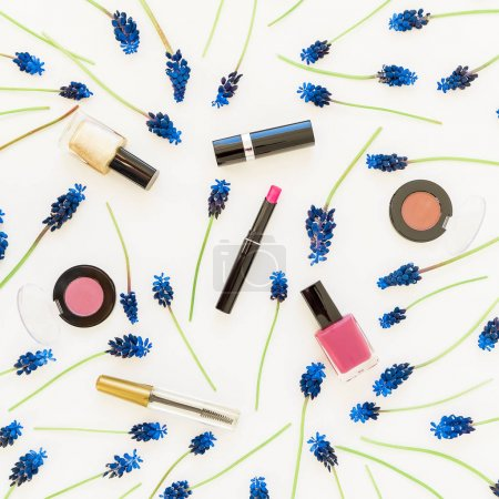 Pattern of   flowers  and cosmetics