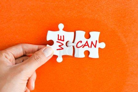 Nous pouvons message positif sur les pièces du puzzle