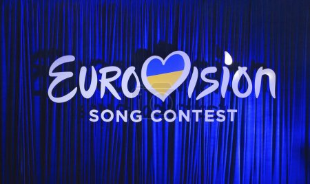 Photo pour KYIV, UKRAINE - FEBRUARY 21, 2017: Logo Eurovision 2017 national selection during the Eurovision-2017 - image libre de droit