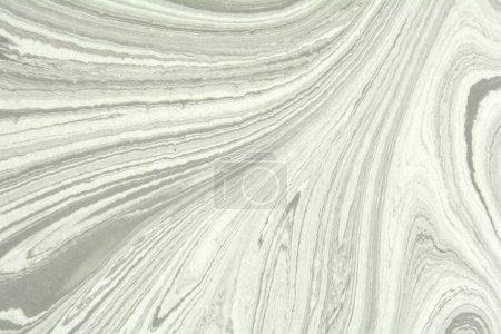 Photo pour Dessiné à la main sur de l'eau marbré texture. Grunge. Marbre, ebru, suminagashi. abstrait marbré, surface naturelle ondulée noire, blanche et grise. Papier très texturé. Motif intérieur en pierre décorative . - image libre de droit