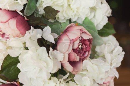 Photo pour Bouquet nuptial gros plan. Conception florale et concept d'arrangement de mariage - image libre de droit