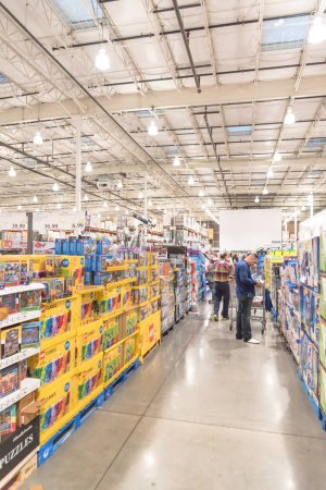 Photo for LEWISVILLE, TEXAS, USA-NOV 29, 2019: Busy customers shopping at Costco Wholesale store on Black Friday. Membership-only warehouse clubs in America with many special holiday offers. - Royalty Free Image