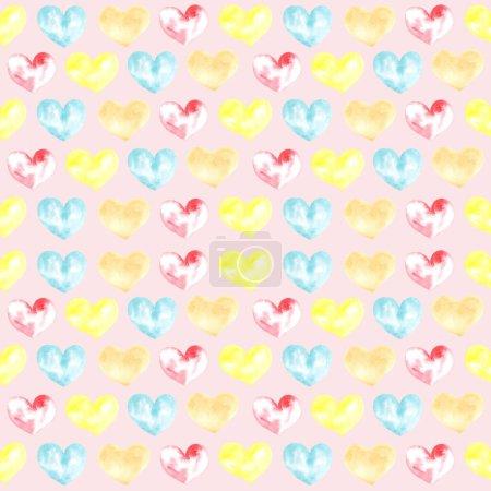 Foto de Ilustración de una acuarela dibujando patrones sin costuras de formas de corazones en el fondo. Siluetas de formas de corazones sobre el fondo. - Imagen libre de derechos