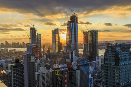 Photo for View to Manhattan at sunset, New York, USA - Royalty Free Image