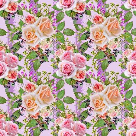 Photo pour Motif floral sans couture. Branche de belles roses roses délicates, fleurs pourpres, branches de baies, feuilles vertes . - image libre de droit