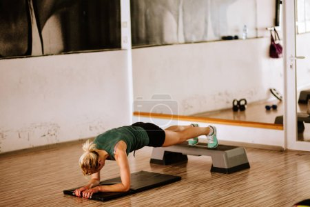plank workout for abs