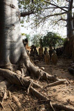 Photo pour Fétiche dans le village de Lobi, dans lequel il est culte animiste - image libre de droit