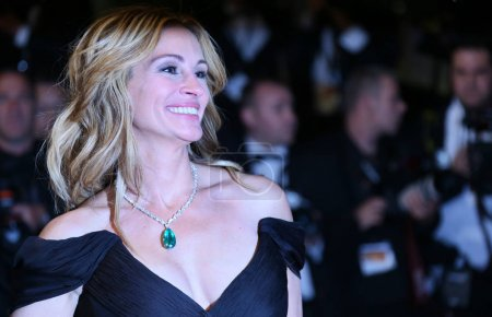 Julia Roberts attends the Money