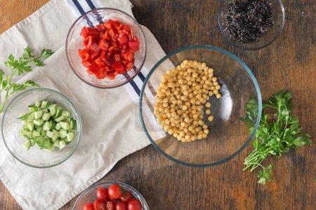 Black quinoa, chickpeas, peppers
