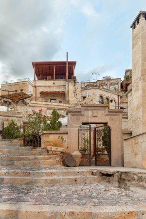 Photo pour Belles vieilles rues de Cappadoce, Turquie - image libre de droit