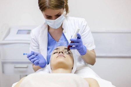 Mesotherapy with an Intradermal Hyaluronic Acid Formulation for Skin Rejuvenation