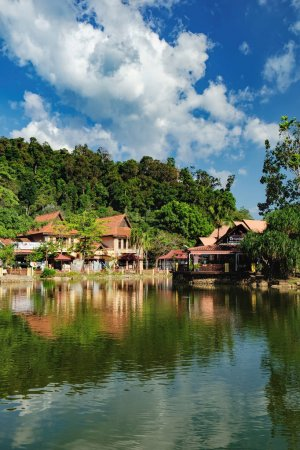 Luxury Paradise by the lake of Oriental Village