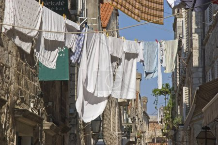 Laundry day was in order - impressions and street detail from Dubrovnik