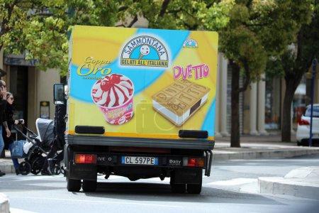 Italian Ice Cream Truck Driving