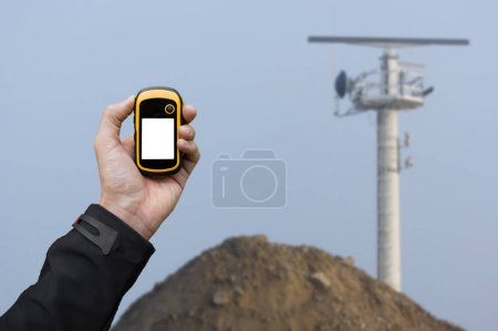 Finding the right position inside a construction site via gps (