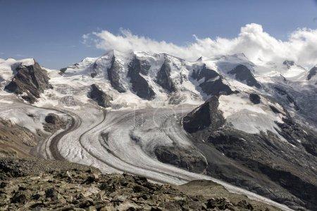 Photo pour Diavolezza chaîne de montagnes dans les Alpes, Engadin, Grisons, Suisse - image libre de droit