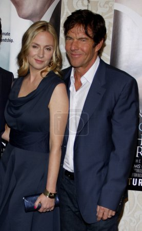Hope Davis and Dennis Quaid