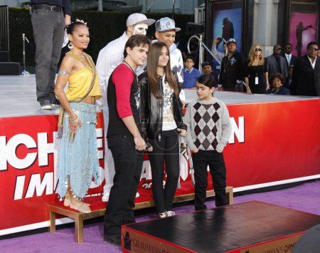 Prince Michael, Blanket and Paris Jackson