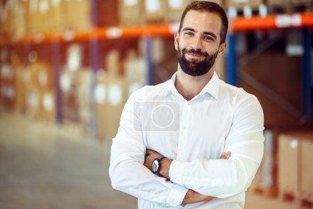 Photo pour Logistique gestionnaire entrepôt portrait - image libre de droit