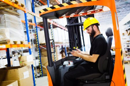 Logistics man working in warehouse