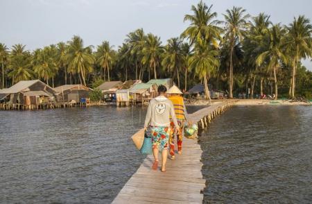 fishing village of Ganh Dau beach