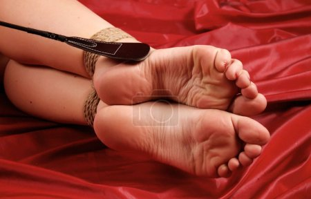 beautiful pointed bare feet