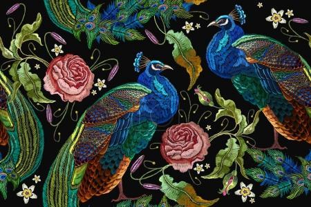 Illustration pour Broderie paons et fleurs pivoines motif sans couture. Broderie classique à la mode beaux paons. Modèle à la mode pour la conception de vêtements. Queues de paons et de roses - image libre de droit