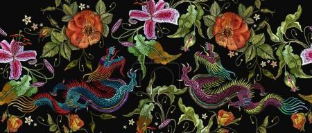 Illustration pour Broderie deux dragons chinois et fleurs de roses motif sans couture. Broderie classique dragons asiatiques et beau vecteur de roses rouges. Art dragons t-shirt design. Vêtements, gabarit design textile - image libre de droit