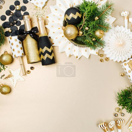 holiday decorations set