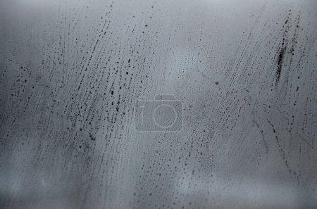 Photo pour Vitre avec condensat ou de la vapeur après image lourd de pluie, de Texture ou de fond - image libre de droit