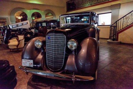 Classic 1936 Lincoln V12 Towncar