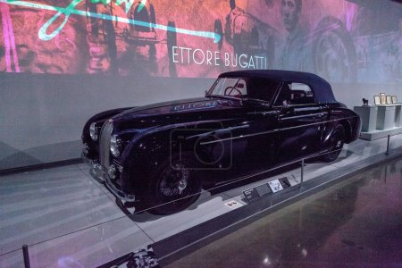 Черный Bugatti тип 1951 101Ц