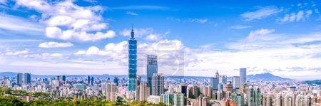 Photo pour Coucher de soleil avec Taipei 101 dans la ville de Taipei, Taiwan - image libre de droit