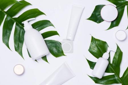 Cosmetics packaging set
