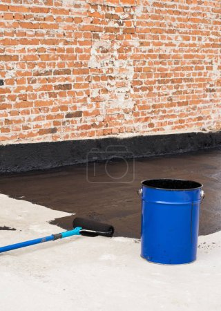 Roller brush waterproofing