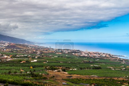 Photo pour Vue sur la vallée de la Orotava, Tenerife, Iles Canaries, Espagne - image libre de droit
