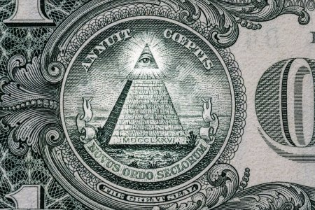Photo pour Je vois tout sur le dollar. Nouvel ordre mondial. personnages d'élite. 1 dollar . - image libre de droit