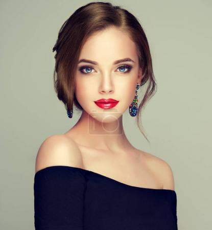 beautiful  woman with fashion make-up