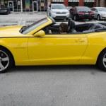 Постер, плакат: Yellow high tech Chevrolet Camaro SS convertible
